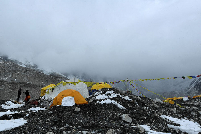 China suspende expedições ao Everest por causa da pandemia